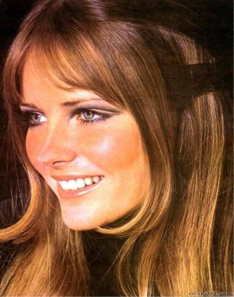 cheryl tiegs hot. Pick a side.
