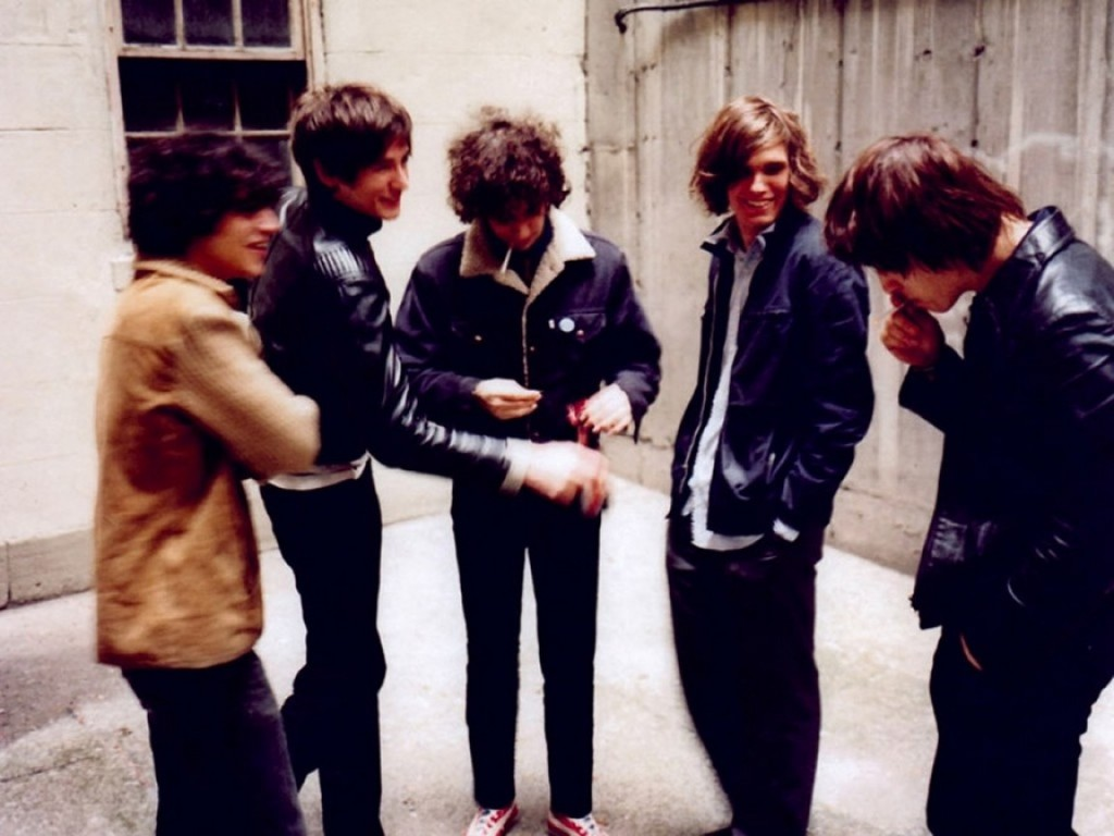 THE STROKES: ANGLES – demeter clarc