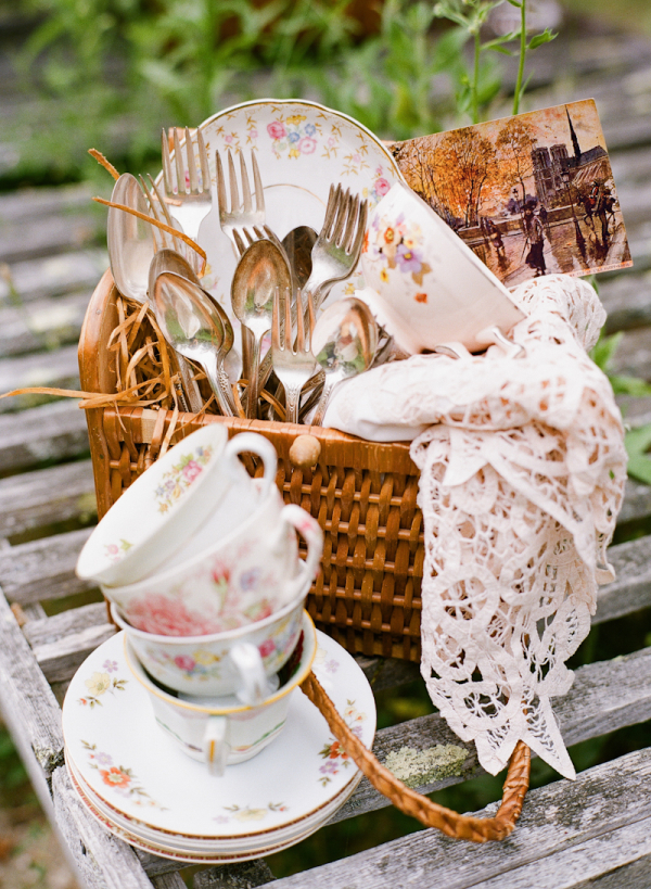 TEA VINTAGE MINI BASKET