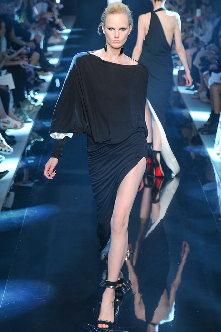 ALEXANDRE VAUTHIER FALL 2013 COUTURE 2