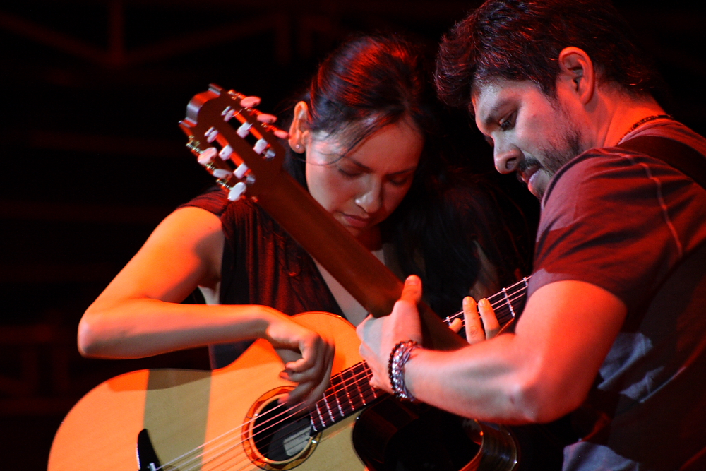 ROD Y GAB PLAY TOGETHER