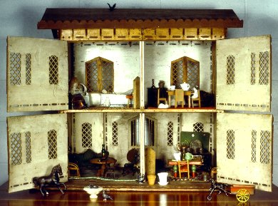 GORGEOUS DOLLHOUSE