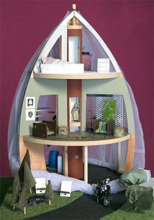 ROCKETSHIP DOLLHOUSE