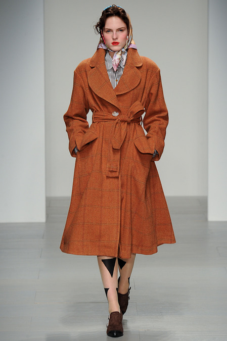 VIVIENNE WESTWOOD RED LABEL FALL 2014 RTW 1