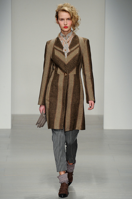 VIVIENNE WESTWOOD RED LABEL FALL 2014 RTW 7