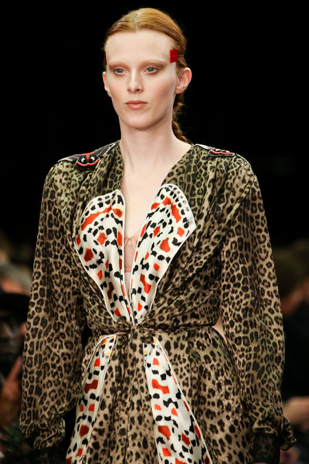 GIVENCHY FALL 2014 KAREN ELSON