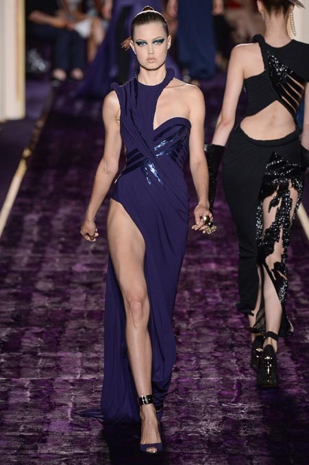 ATELIER VERSACE FALL 2014 COUTURE LINDSEY WIXSON