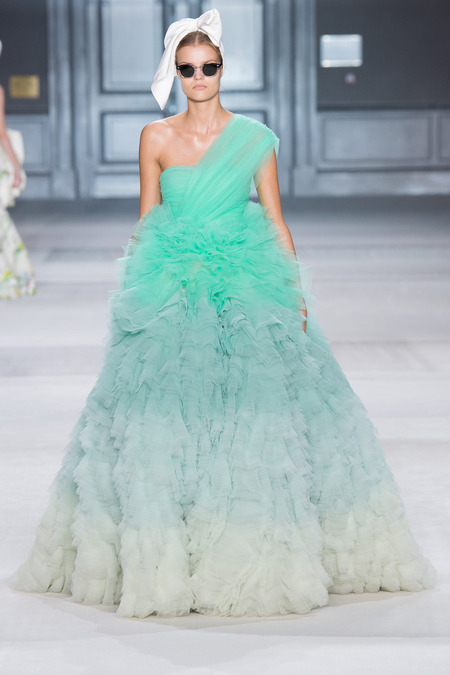 GIAMBATTISTA VALI FALL 2014 COUTURE 10