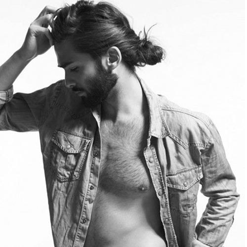MAN BUN PROFILE