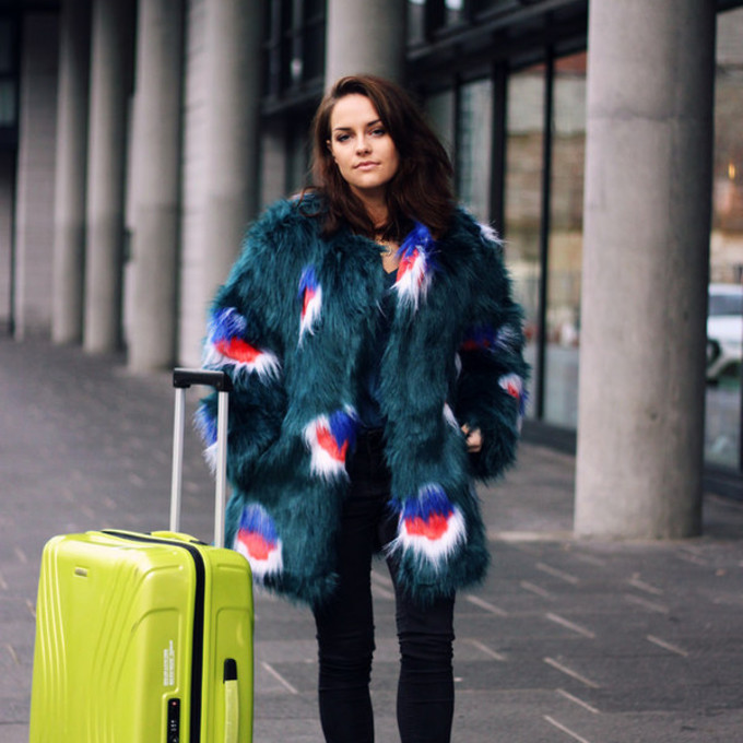 PRINTED FAUX FUR